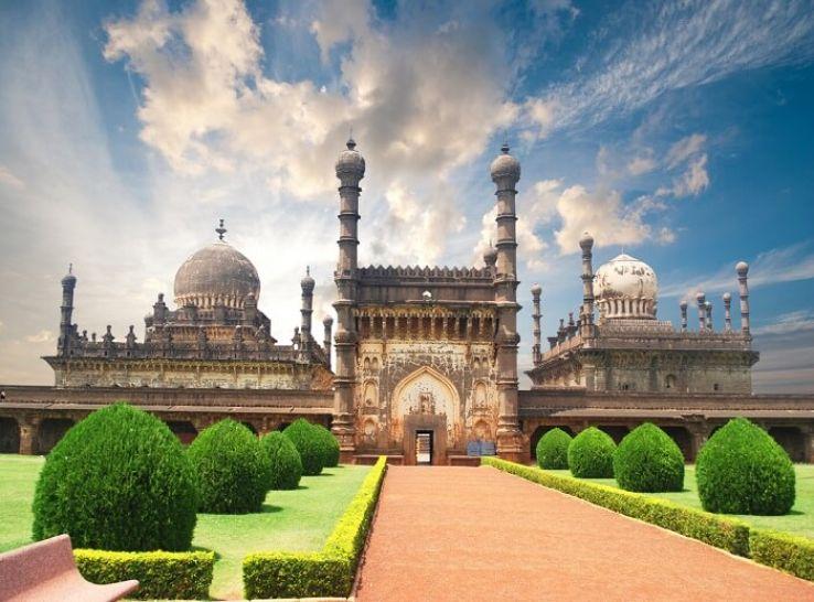 Top 7 Must Explore Places In Karnataka