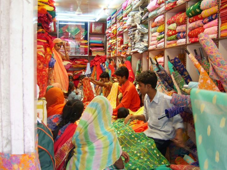 Where in Jaipur you can do ultimate boho shopping?