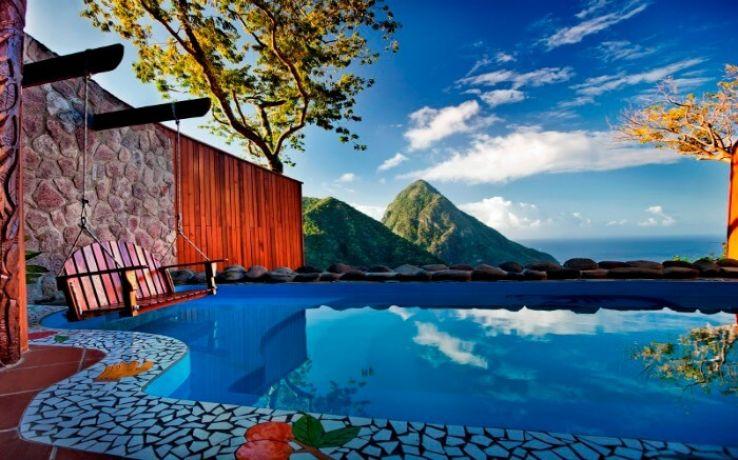 10 Retreats across the World that Relishes the Honeymoon Goers