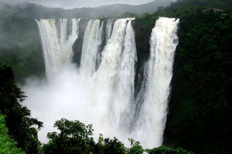 8 of India's most beautiful waterfalls