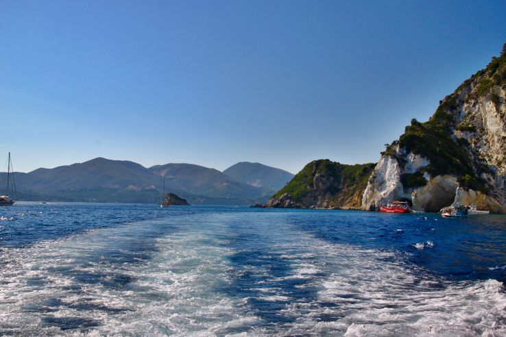 Do Not Miss These Scuba Diving Spots in Greece