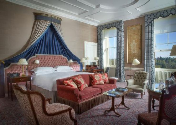 Cliveden: the world's most historic airport hotel, Let us have a look