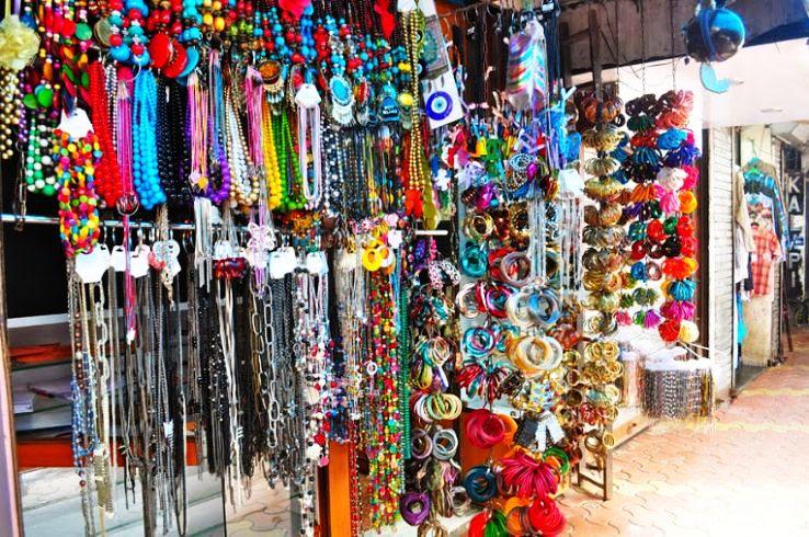 Unleash Your Perennial Unending Shopping Experience In Mumbai