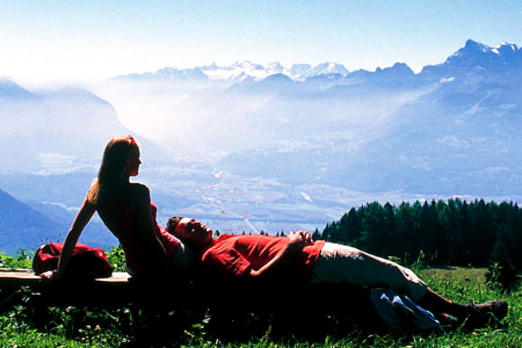 Forget Mainstream, Here Is Why Austria Honeymoon Is The Best