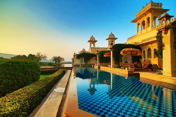 The 5 most beautiful heritage hotels in india hello for Beautiful hotels around the world