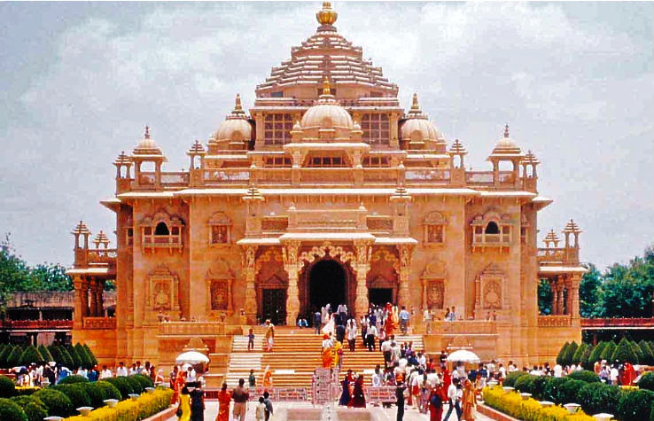 Akshardham Temple is one of the Largest Temples in the World