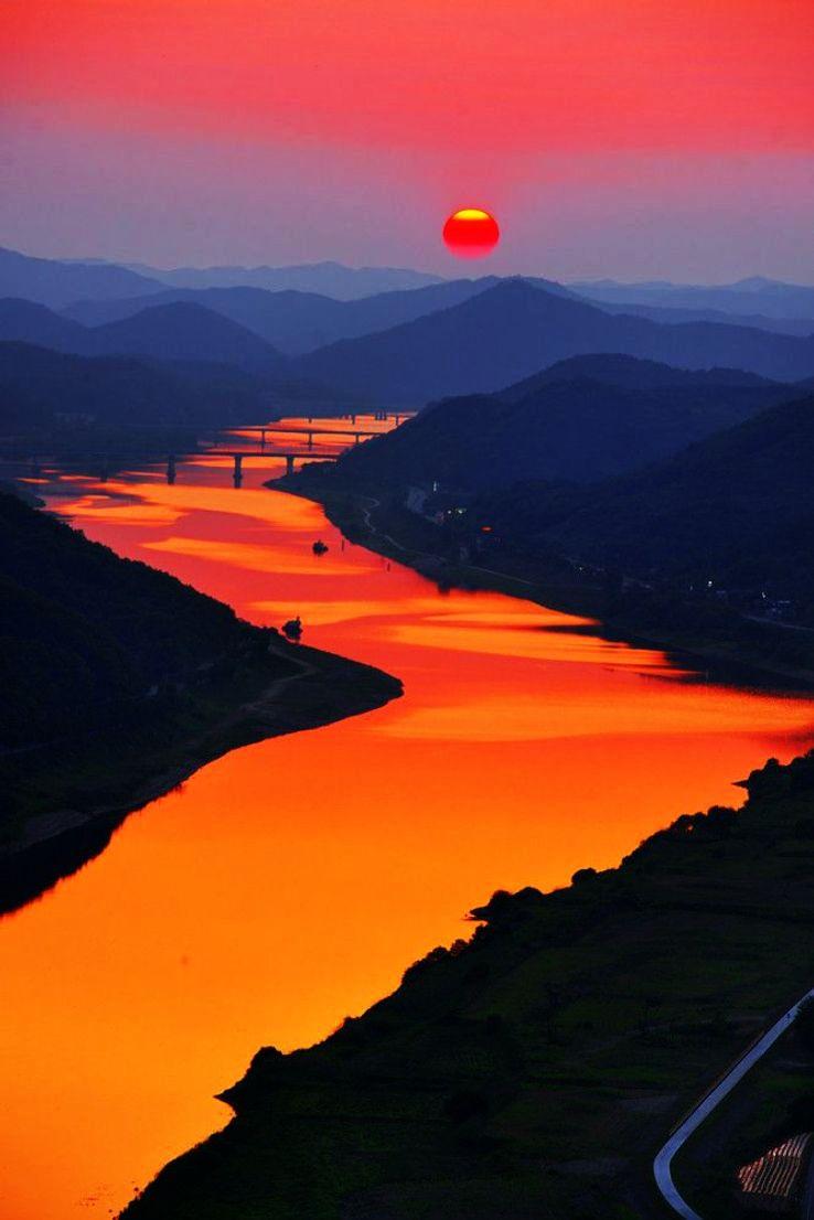Cheongbyeok-Bridge-Korea_1428142517s11.jpg