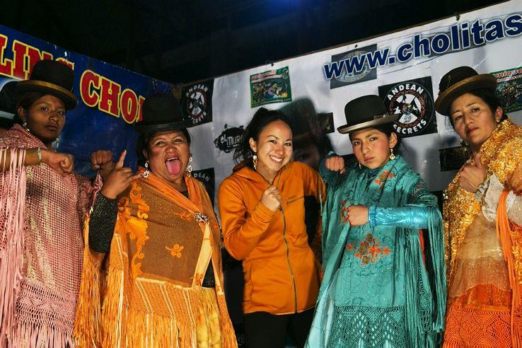 Cholitas_Wrestling_11_1451306747i33.jpg