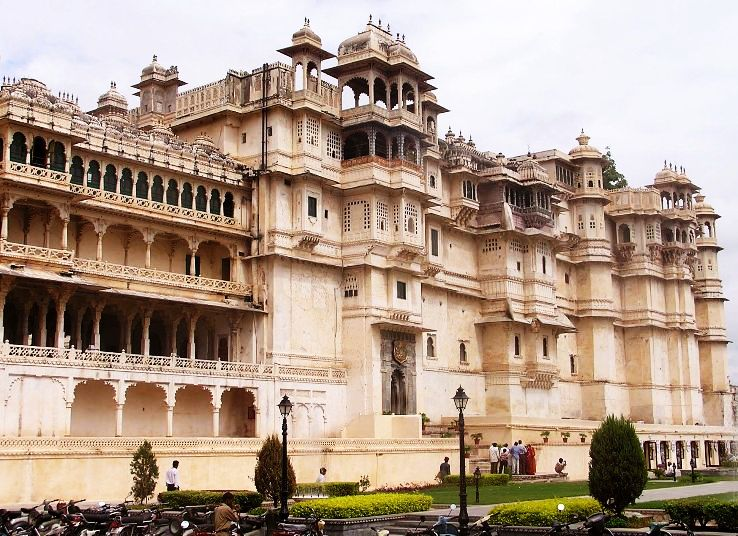 City Palace of Udaipur_1469100661u90.jpg