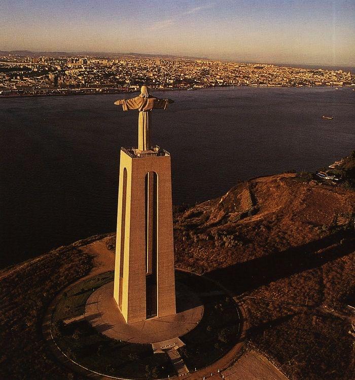 Cristo-Rei-Portugal1.jpg