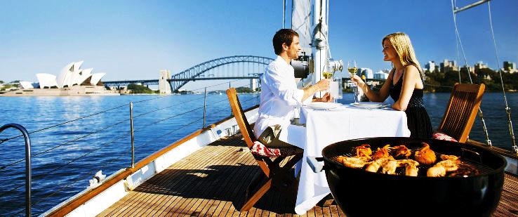 D158-hero-australia-honeymoon-couple-on-yacht-with-bbq-sydney-opera-house-harbour-bridge-nsw-2000x837_1481695236s50.jpg
