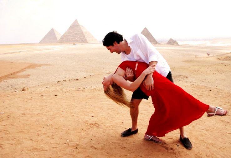 Honeymoon-Tour-Package-In-Egypt_1484115931s20.jpg