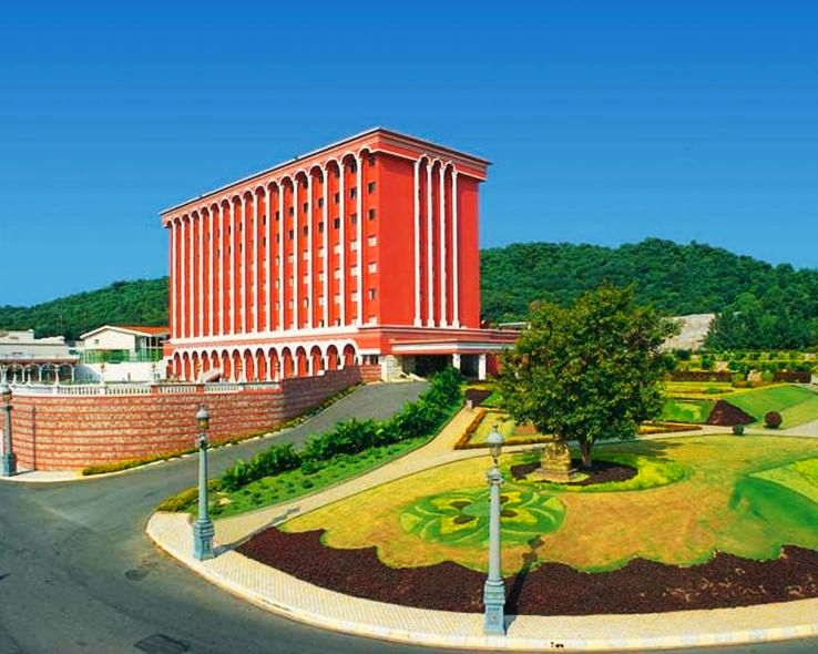 Hotels around Ramoji Film City_1429879871u50.jpg