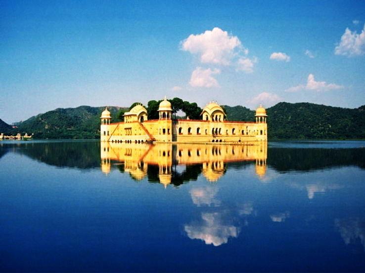 Jaipur-Jalmahal_0_1426265800u140.jpg