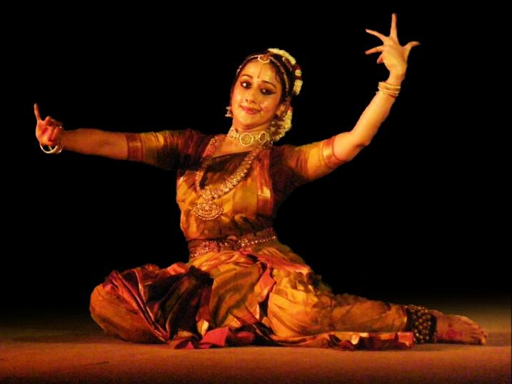 Kuchipudi_Dance_Uma_Muralikrishna.jpg
