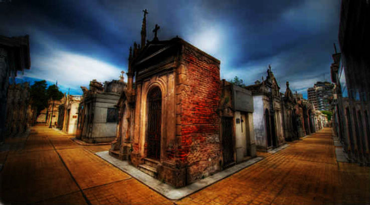 Most Haunted And Famous Cemeteries In The World Hello Travel Buzz