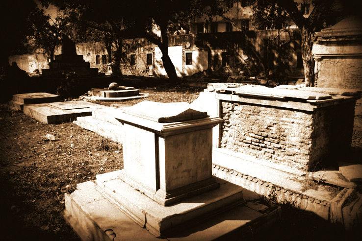 Lothian_Cemetery_1448631852u150.jpg