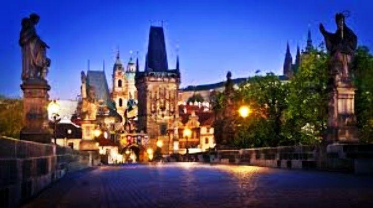 Prague_1477632278u43.jpg
