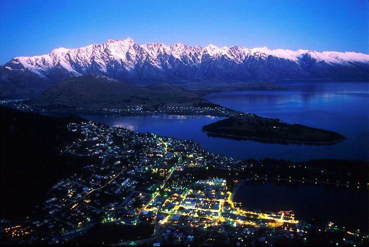 Queenstown in New Zealand_1478673534e11.jpg