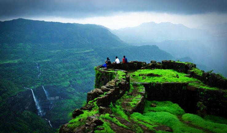 Rajmachi-Fort-in-Lonavala-and-Khandala-Kandoi-sid-wikimedia_0_1_1426328768u50.jpg