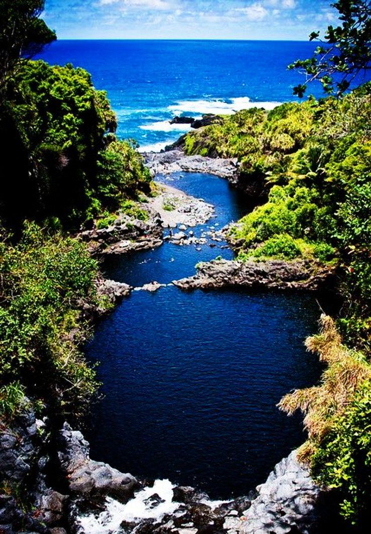 Seven-Sacred-Pools-Maui-Hawaii_1428142520s100.jpg