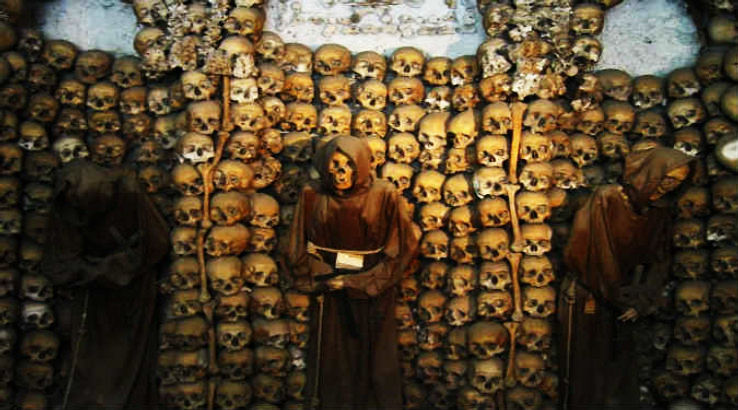 The-Catacombs-of-Rome_1426675151u30.jpg