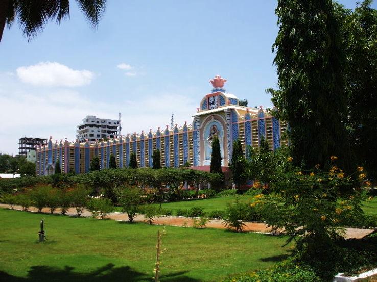 University_Sathya_Sai_Puttaparthi_0_1426269015u110.jpg