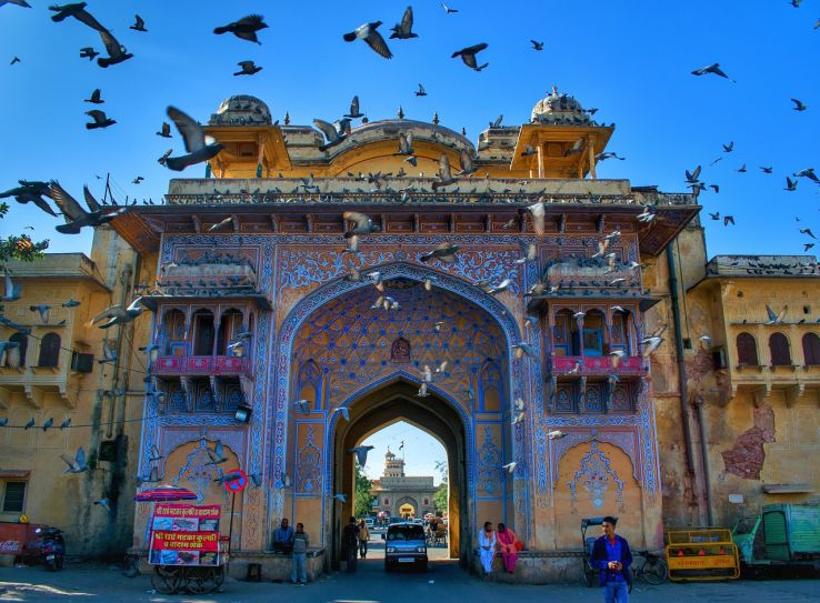 Bringing best of Golden Triangle tour Delhi, Jaipur and Agra