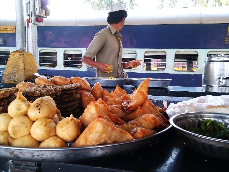 Indian Railway Station Where You Can Get The Best Food