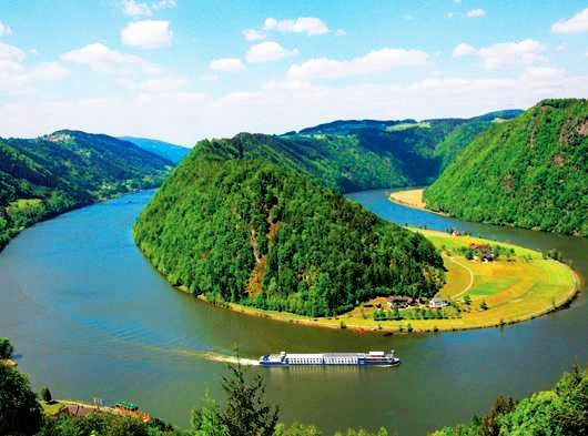 10 Most Iconic Rivers on Earth