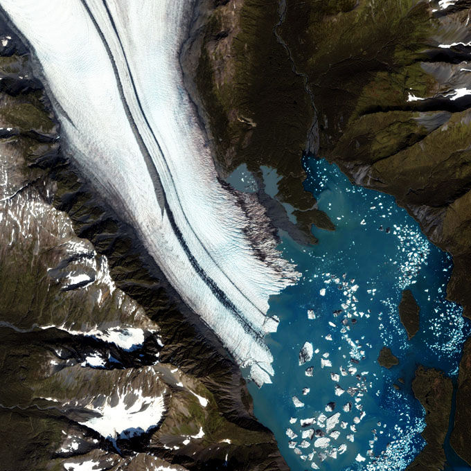 Stunning Views of Glaciers Seen From Space