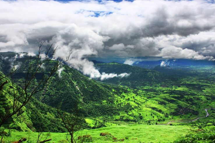 10 Best Places to Visit Near Pune from 50 to 500 km