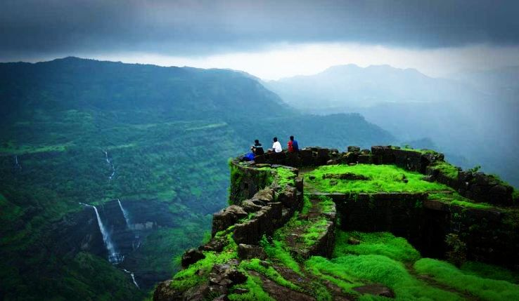 Best summer vacations destinations in India for 40-60K budget