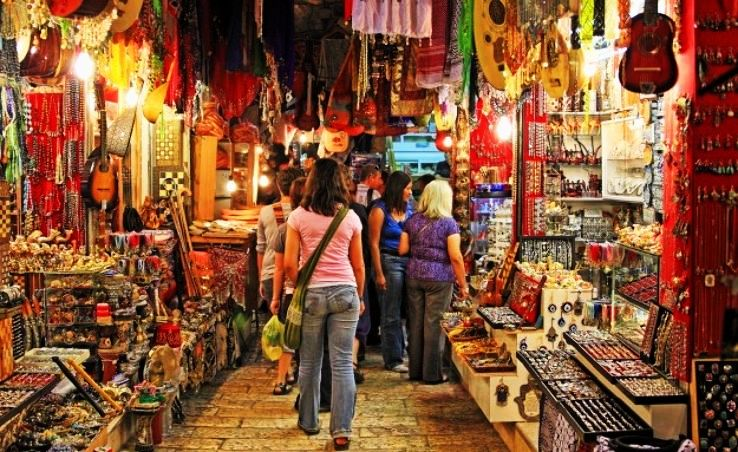Famous Places In Mumbai for Shopping