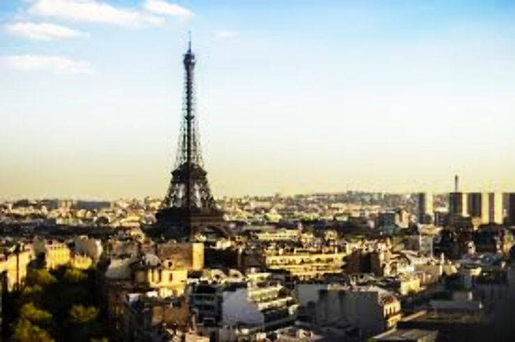 Here Is The Secret To Making Your Honeymoon In Paris More Romantic