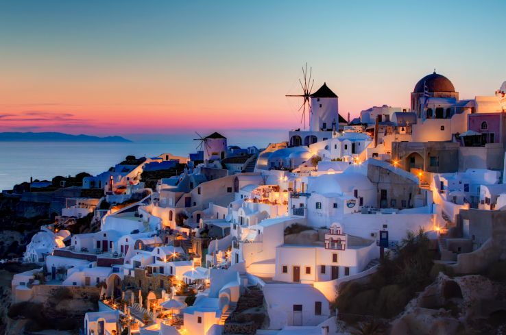 Must Do Things in Santorini
