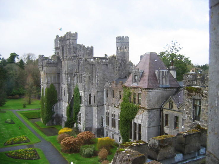 10 castles: where you can live