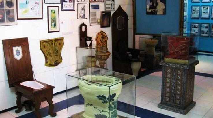 sulabh-international-museum-of-toilets_1425293709u40.jpg