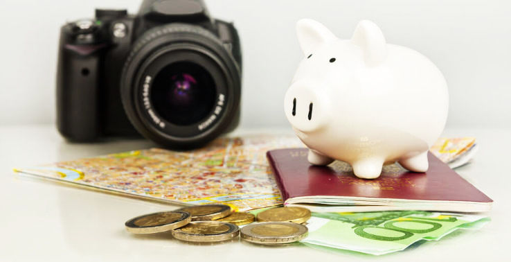 Love Traveling, Here Are A Few Money Saving Tips