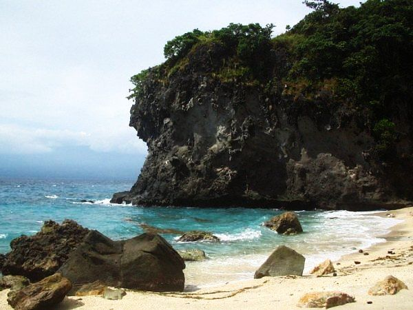 tubbataha-reef-marine-park.jpg
