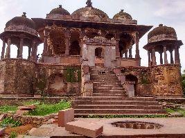 32 Pillars Chhatri