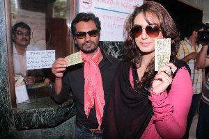 Watch Ddlj At Maratha Mandir Theatre, Mumbai