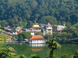 Temple Of Tooth: Kandy
