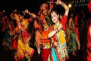 Feel The Music With A Garba Dance In Vadodara (Baroda)