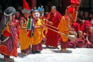 Experience The Colorful Culture Of Ladakh At Hemis Festival