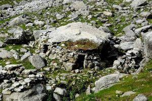 Lahesh Cave Trek