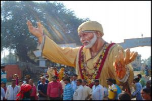 Heavenly Escape To Devotion, Love And Charity In Shirdi