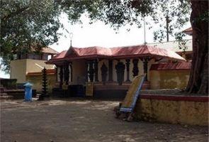 Thirunavaya Nava Mukunda Temple
