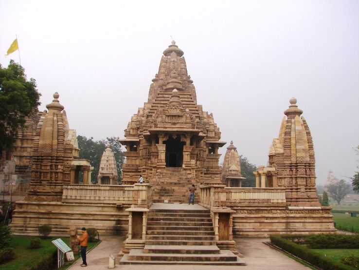 Lakshmana Temple 2019, #1 top things to do in khajuraho