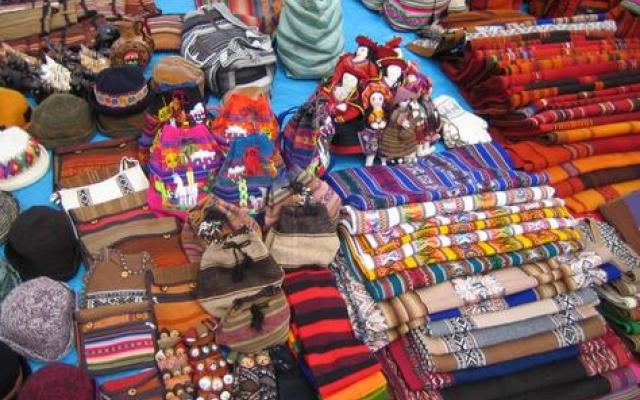 Handicraft Shopping 2019, #2 top things to do in lima